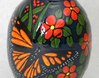 Monarch and Dragonfly Vase (Item#80)