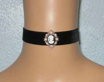 Black Velvet Choker With Cameo Prom Wedding Gothic FREE GIFT BOX