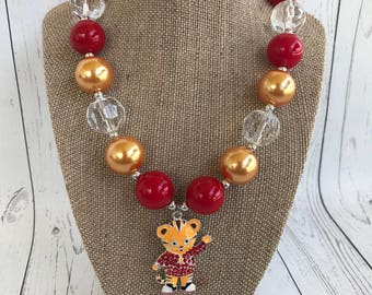 Daniel Tiger inspired chunky beaded necklace, photo prop, Daniel Tiger, bubblegum necklace