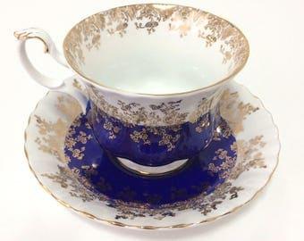 Vintage Royal Albert bone china teacup, Regal Series, montrose style in Cobalt blue, delicate gild,