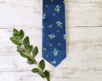 Men's Necktie- Blue Floral- Father's Day Tie- Wedding Tie- Groomsmen Tie- Handmade Skinny Tie