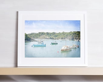 Photo of small boats in a port, the sea, the photo of art, the photo to be printed, watercolor effet, lounge photo wall art, decoration room