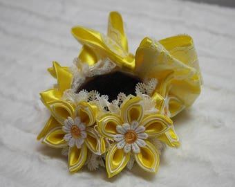 Yellow Flower Decorative Bun Holder