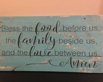 Rustic sign 'bless the food before us, the family beside us, and the love between us Amen, prayer sign, kitchen decor, home decor, pallet