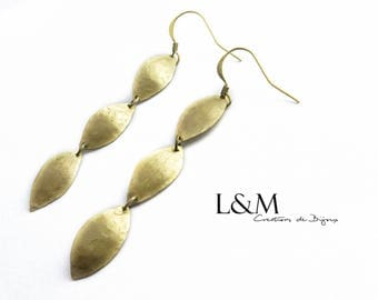 Almonds in Golden brass earrings
