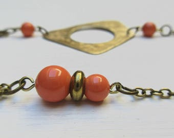 Brass necklace gilded with Swarovski Element Pearl coral beads
