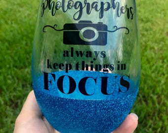 Photographer wine glass // 21oz stemless glitter wine glass