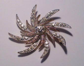 Vintage Sarah Coventry Pin