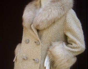 NEIMAN MARCUS Fox Trim Ivory Boucle Wool Knit Jacket c 1960