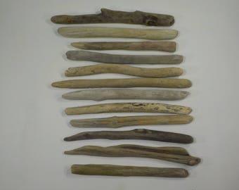 12 Small Driftwood Sticks 8.3-10.8''/21-27 cm,Well Shaped Driftwood Sticks,Macrame Sticks,Art Supplies, Decorative Driftwood #50S