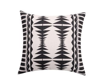 Aztec decorative pillow cover Tribal throw pillow covers Ethnic pillow case Geometric cushion case Navajo pillow cases Sofa home decor 18x18