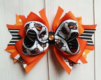 Halloween Hair Bow/Halloween Hair Clip/Pumpkin Hair Bow/Scary Pumpkin Hair Bow/Orange and Black Hair Bow/October Hair Bow/Seasonal Hair Bow
