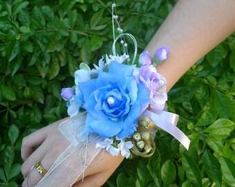 Handcrafted Wrist Corsage Bracelet Artificial Silk Rose Flowers For Wedding Hand Flower Bouquet For Bride Event