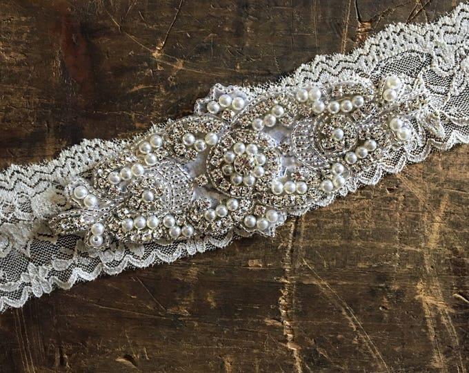 SALE Wedding Garter NO SLIP grip vintage rhinestones, pearl wedding garter