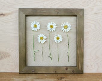 Floral Art, Wildflower Decor, Rustic Wall Hanging, Framed Daisies, Pressed Flower, White Floral Decor, Modern Farmhouse, Cottage Style Art,