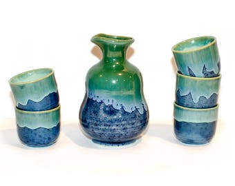 Saki Set Blue Green Pottery by BigMuddyVintageShop