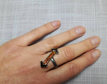 Natural Hessonite in Black Rhodium 925 Silver ring