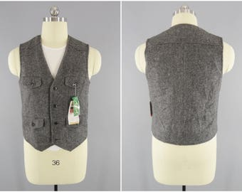 Vintage Wool Vest / Gray Wool / Assent Tokyo Clothing / Made in Tokyo / 4-Pocket Vest / Scalloped Shoulders / Asian L / US Small / NOS Tags