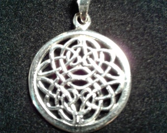 Sterling Silver Woven Endless Celtic Knot Pendant #w9256