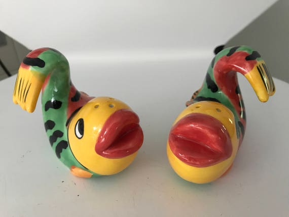 Vintage colorful fish salt and pepper shakers 1980 39 s Colorful salt and pepper shakers