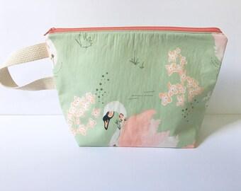 Medium Zipper Pouch, Knitting Bag, Project Bag, Sock Sack, Sock Knitting Bag, Organic Zipper Pouch, Swan Bag, Light Green Bag, Cosmetic Bag