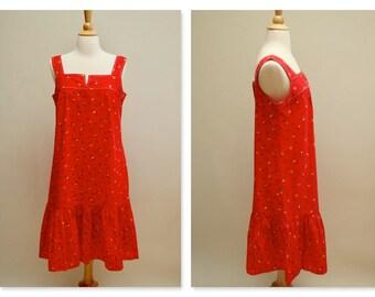 Vintage Prairie Dress ⎮ Red Floral Boho Hippie Gypsy ⎮ Midi Ruffled Cotton Dress