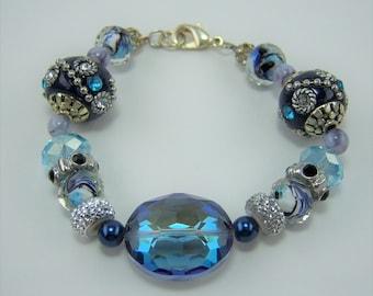 B028, Chunky Bead Bracelet