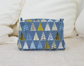 Blue tree pouch, travel pouch, cosmetic pouch, cosmetic bag,makeup bag,tree pattern pouch