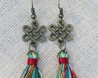 Celtic Knot and Tassel