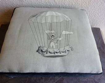 Small foot rest toile de Jouy fabric