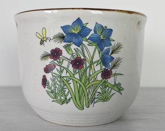 Vintage Ceramic Planter Plant Pot with Flower Detail