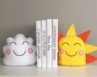 Children's bookends, You are my sunshine, Set of 2, Felt Bookends, kids decor, sunshine, clouds, room decor, Smiling sun and cloud, decor