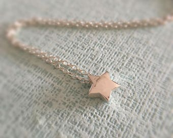 Dainty silver star necklace//925 silver//Minimalist//Simple//Everyday//