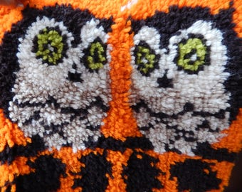 Vintage c 1970s Wool Owl Handmade Picture., Crafts Cushion Cover, Wall Hanging, Two Owls Retro Orange, Woodland Birds, Handcrafted Wool Owls