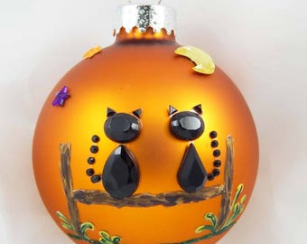 Halloween Ornament. Cat Ornament. Autumn Ornament. Autumn Decor. Home Decor.
