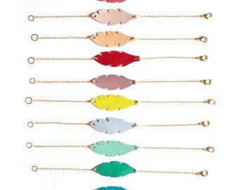 Bracelet plume cuir couleur au choix, bracelet plume cuir bohème, bracelet plume été, bracelet fin et élégant, bracelet plume femme