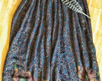 Vintage 'Birds of a feather' Paisley skirt
