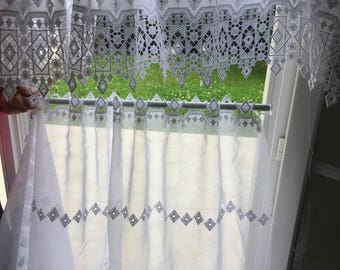 Breeze Kiss curtains with white guipure lace
