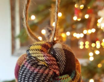 Quilted ball Christmas ornaments