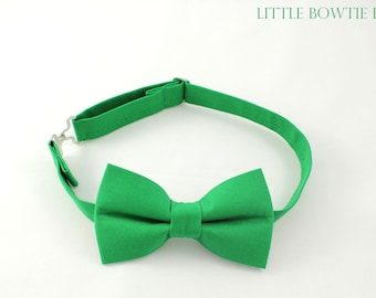 Kelly Green Bow tie, Solid green bow tie, Emerald green; Grass green bowtie for boys, adjustable pretied kids bowtie, green baby bowtie