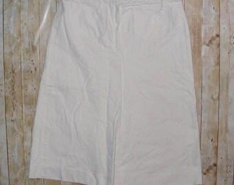 Size 10-12 vintage 70s a line midi skirt plaited waist detail white denim (HS06)