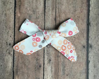 Margaret Bow || Orange and Gray Floral