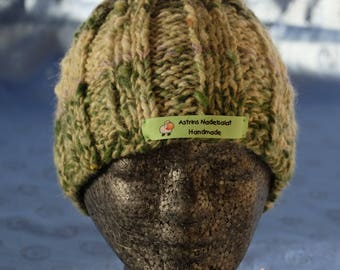 Knitted hat made of hand-spun and GefärbterWolle
