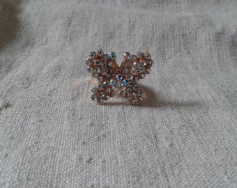 """small White Butterfly"" ring"