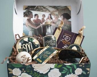 Will You Be My Bridesmaid Box | Proposal Gift | Classic Bridesmaid | Bridesmaids Gift | Bridal Party Gift | Bridesmaid Compact Sunglasses
