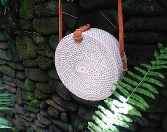 Handmade Rattan|Ata Grass Round bag; Bali bags; Crossbody; Vintage look; Boho bag; Hippie Bags; bridesmaids gift; beach bag