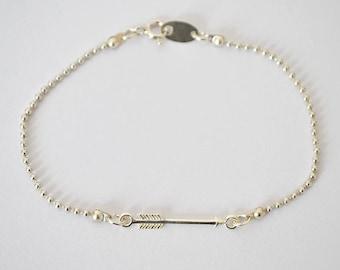 Bracelet ARROW // Minimalist bracelet in silver 925 realized with an arrow like symbol and a fine ball chain