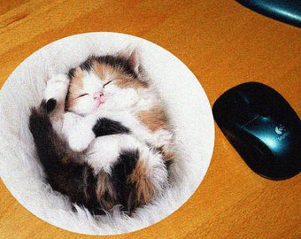 Cat model 6 mouse pad