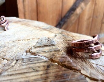 Hand forged copper triple banded ring