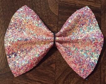 Peachy Keen Glitter Bow